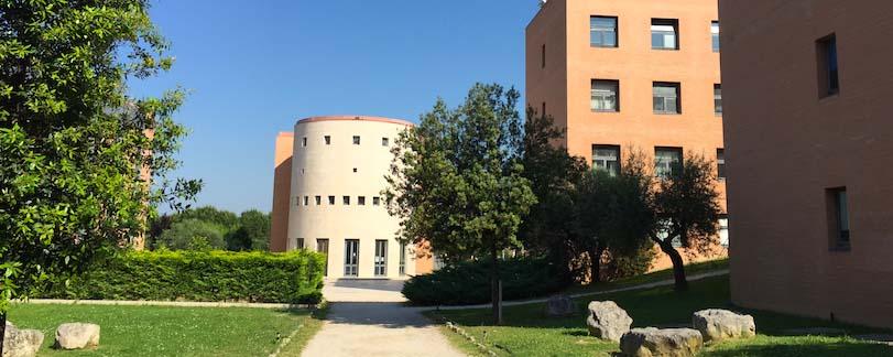 immagine giardino campus